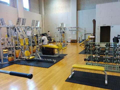 トレーニング室内観