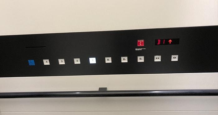 エレベーターデザイン